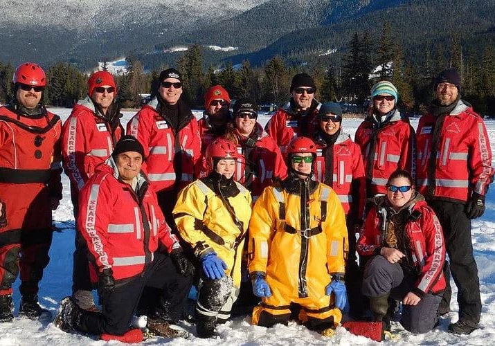 Terrace SAR - Group photo during ice rescue training